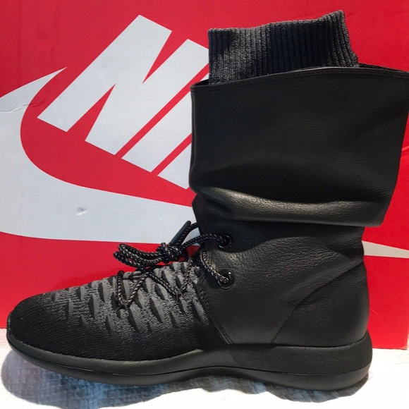 new products ed1a0 59a93 NIKE Womens ROSHE TWO HI FLYKNIT Sneaker Boot 8. M 5b784025f30369cf7559897c